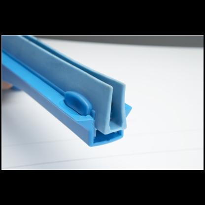 Гигиеничный сгон с подвижным креплением и сменной кассетой, 600 мм, синий цвет